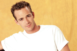 Luke-Perry-02.png.1fbe051cb9afbdcc9af4efbc72a90253.png